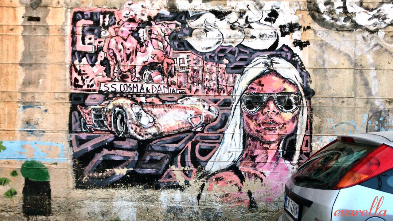 streetart palermo sizilien fraumitbrille